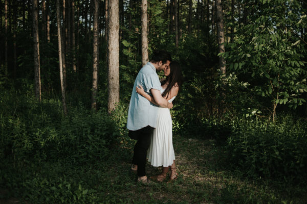 Intimate bohemian forest engagement at sunset by Toronto wedding photographer Daring Wanderer // www.daringwanderer.com