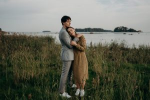 Couple and engagement shoot outfit guide by Daring Wanderer