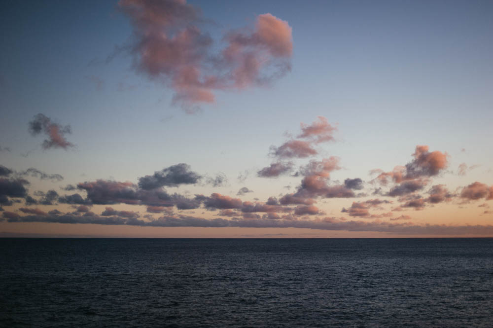 Daring Wanderer Photography - Daring Wanderer - Hawaii Travel Photography - Oahu - Hawaii - Hanauma Bay - North Shore - Surfing - Snorkeling - Swimming - Fish - Travel