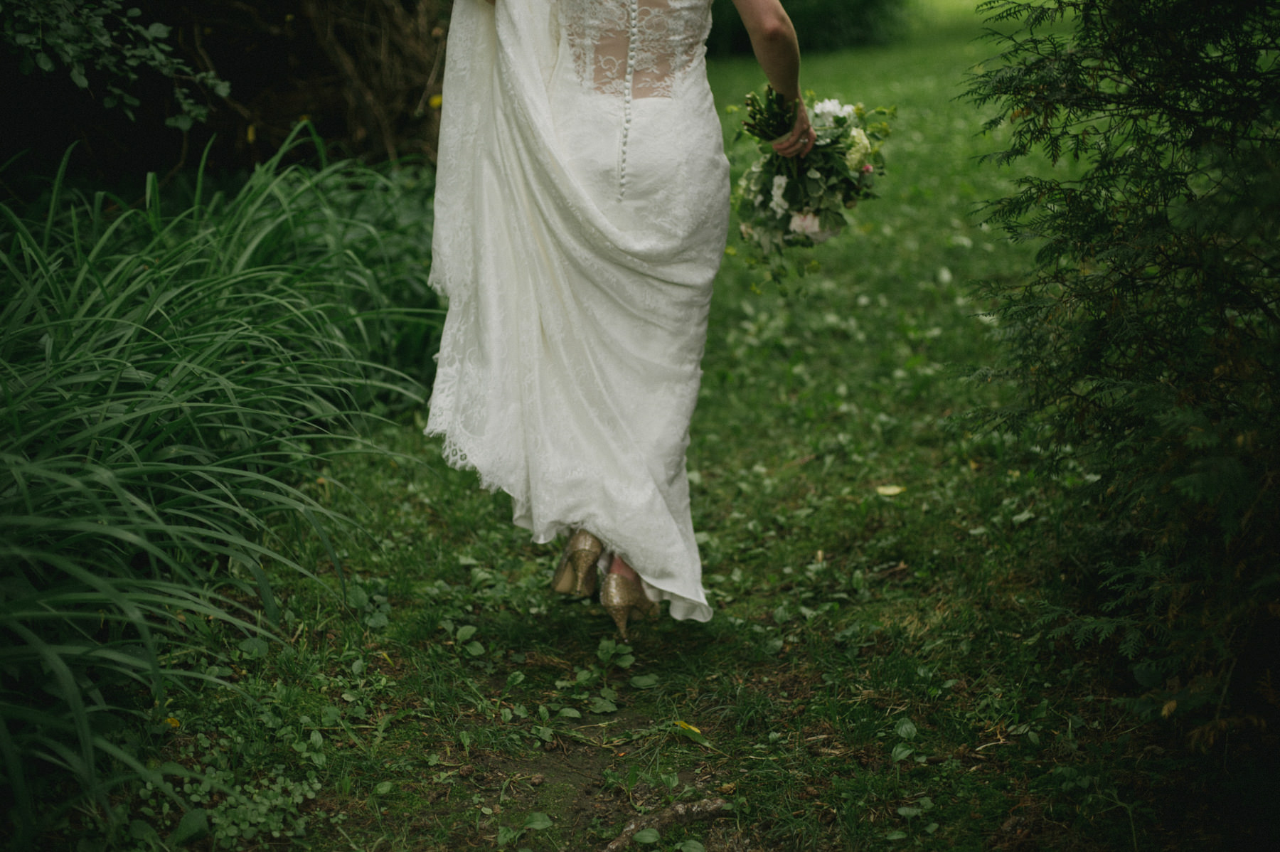Daring Wanderer. Destination Wedding Photographer // Intimate Skyloft Wedding