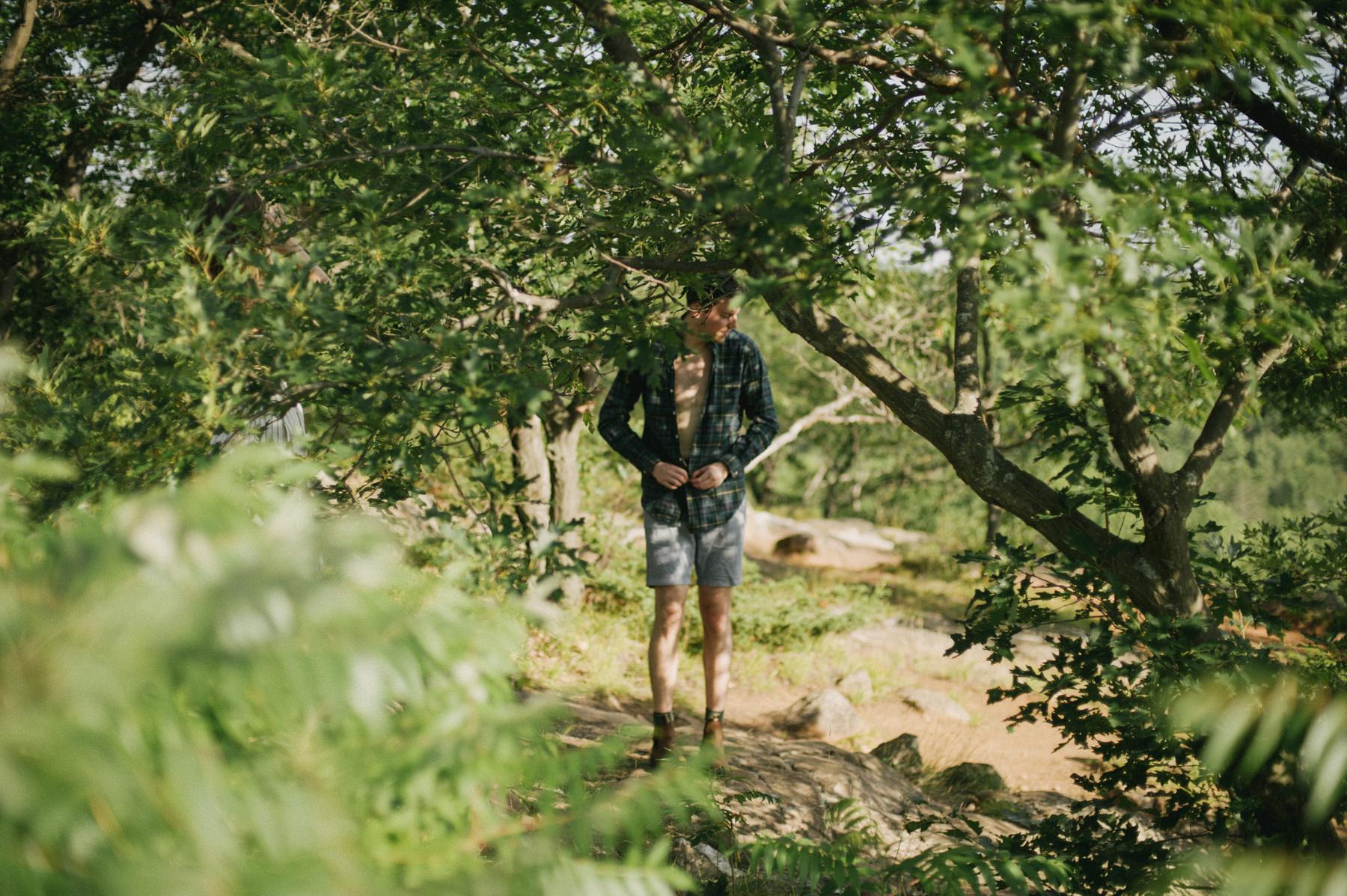 Daring Wanderer Photography - Daring Wanderer - Adeventurous engagement shoot - Bon Echo Engagement - Top Ontario wedding photographer - Toronto wedding photographer - adventure photography - adventure engagement shoot - bon echo provincial park - engagement - lakeside engagement - cliffside engagement - ontario engagement - adventure