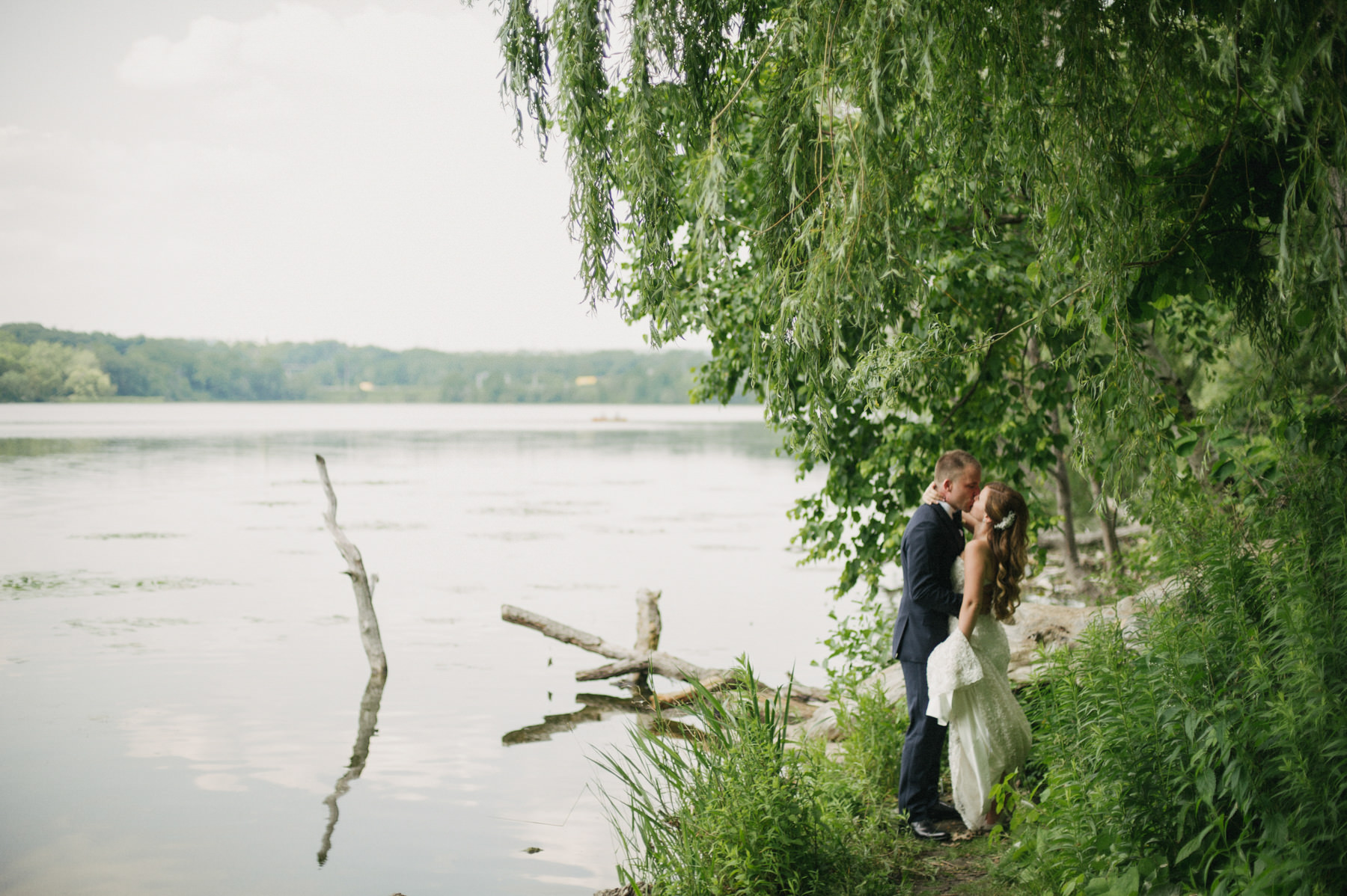 Art Gallery of Hamilton Wedding // Daring Wanderer. Toronto Wedding Photographer.