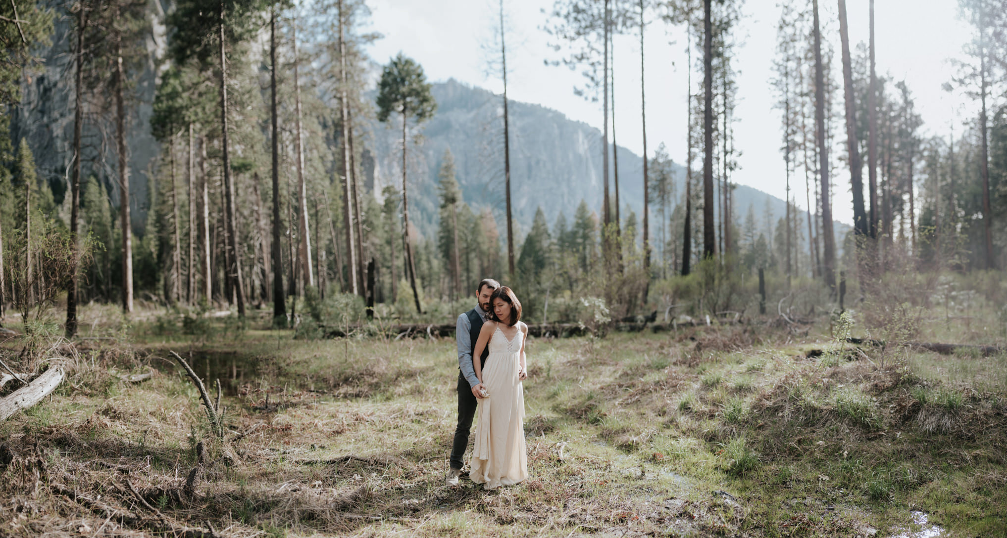 Intimate Yosemite Wedding Portraits // Daring Wanderer
