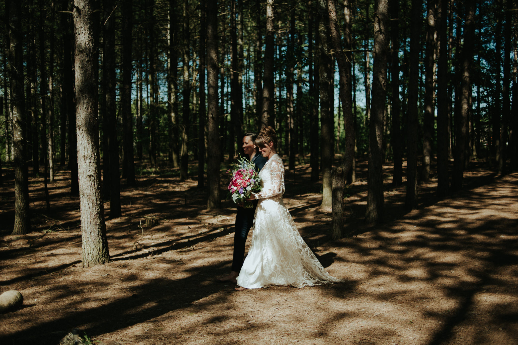 A dreamy femme babe same sex forest wedding at Riverstone Retreat // Daring Wanderer: www.daringwanderer.com