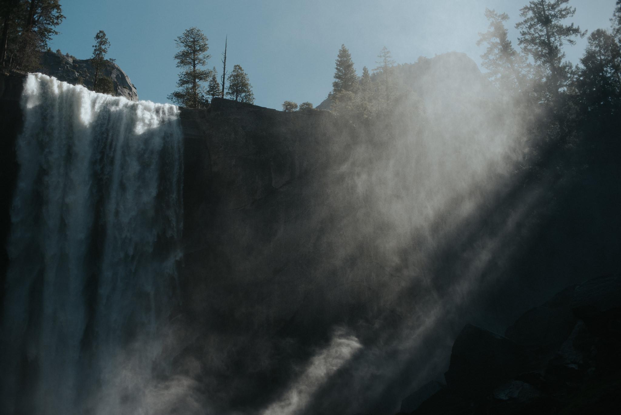 Exploring Yosemite in the spring // Daring Wanderer: www.daringwanderer.com
