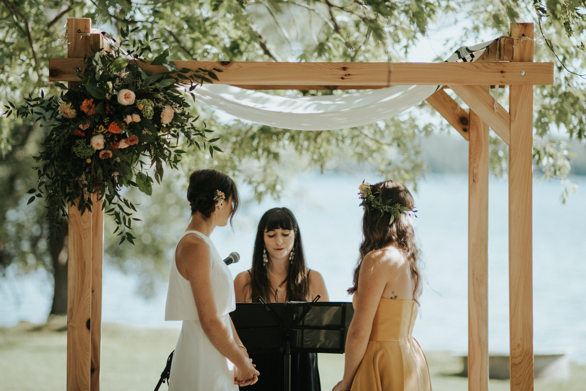An Intimate Lake on the Mountain Wedding // Daring Wanderer: www.daringwanderer.com