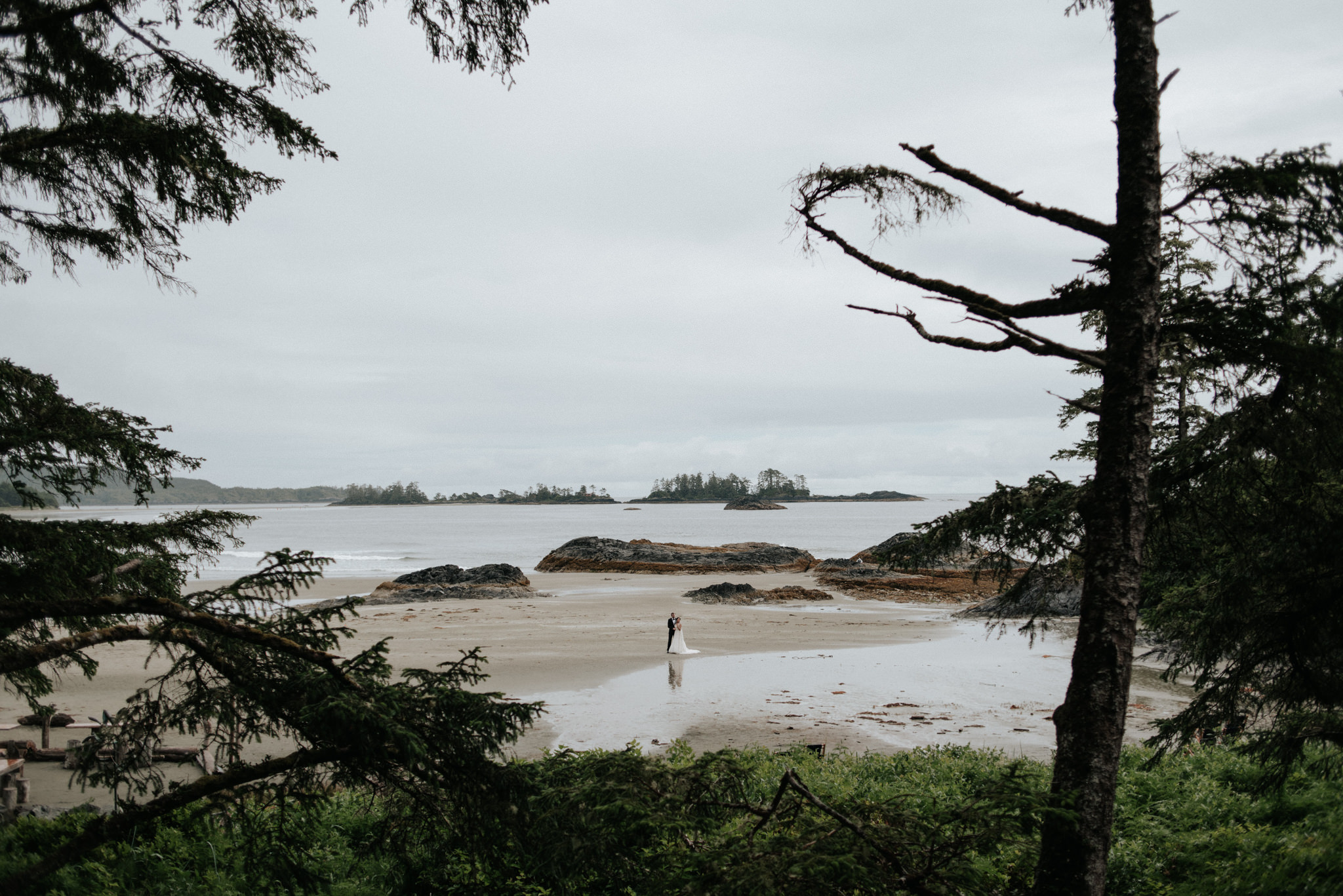 Chesterman Beach Tofino elopement wedding pictures