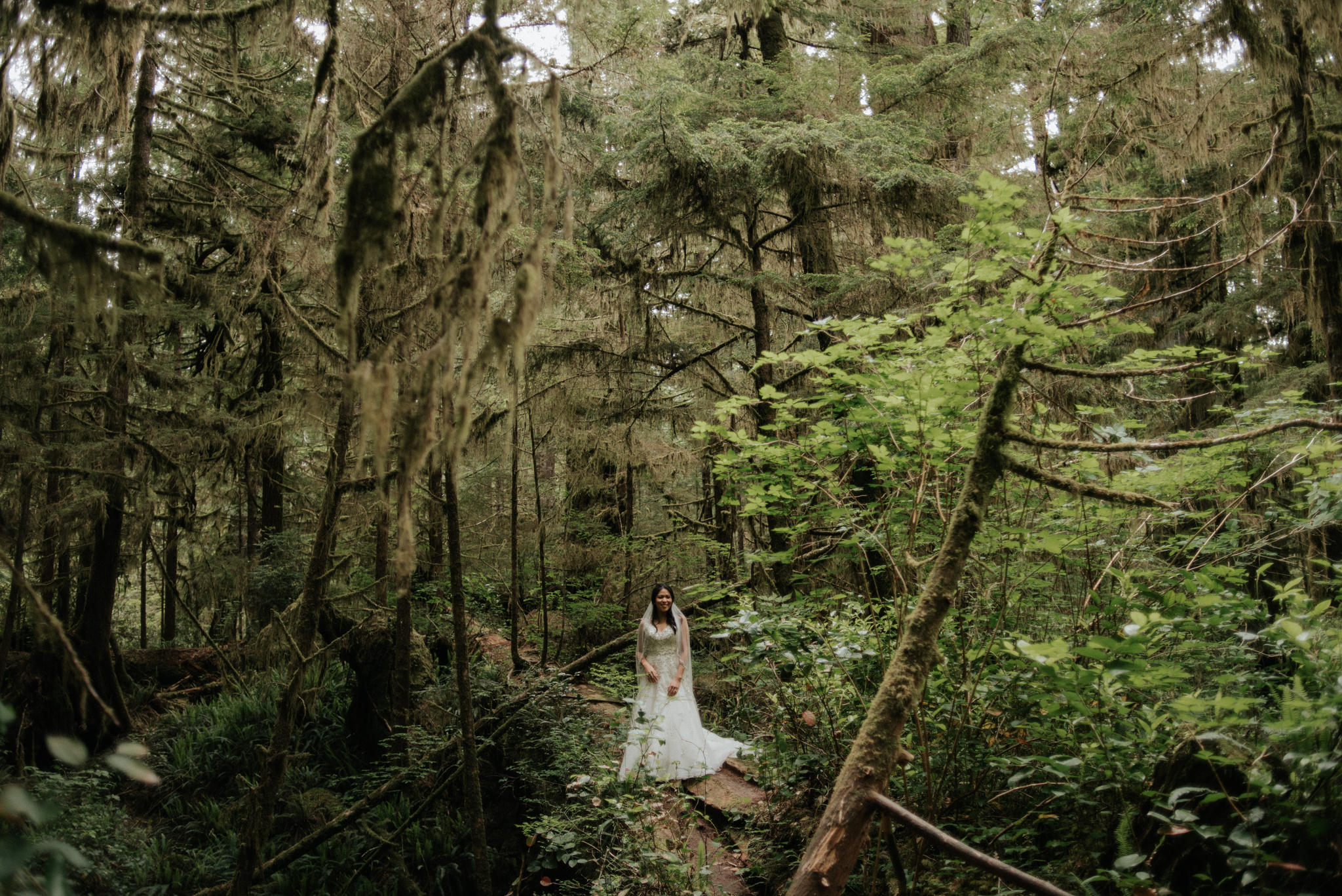Pacific Rim National Park Wedding portraits
