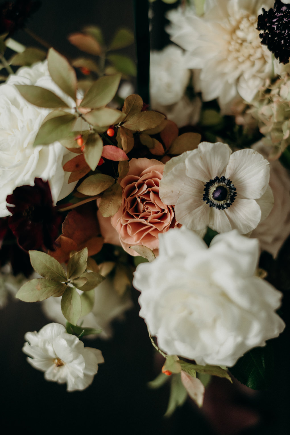 blush and earthy wedding flowers