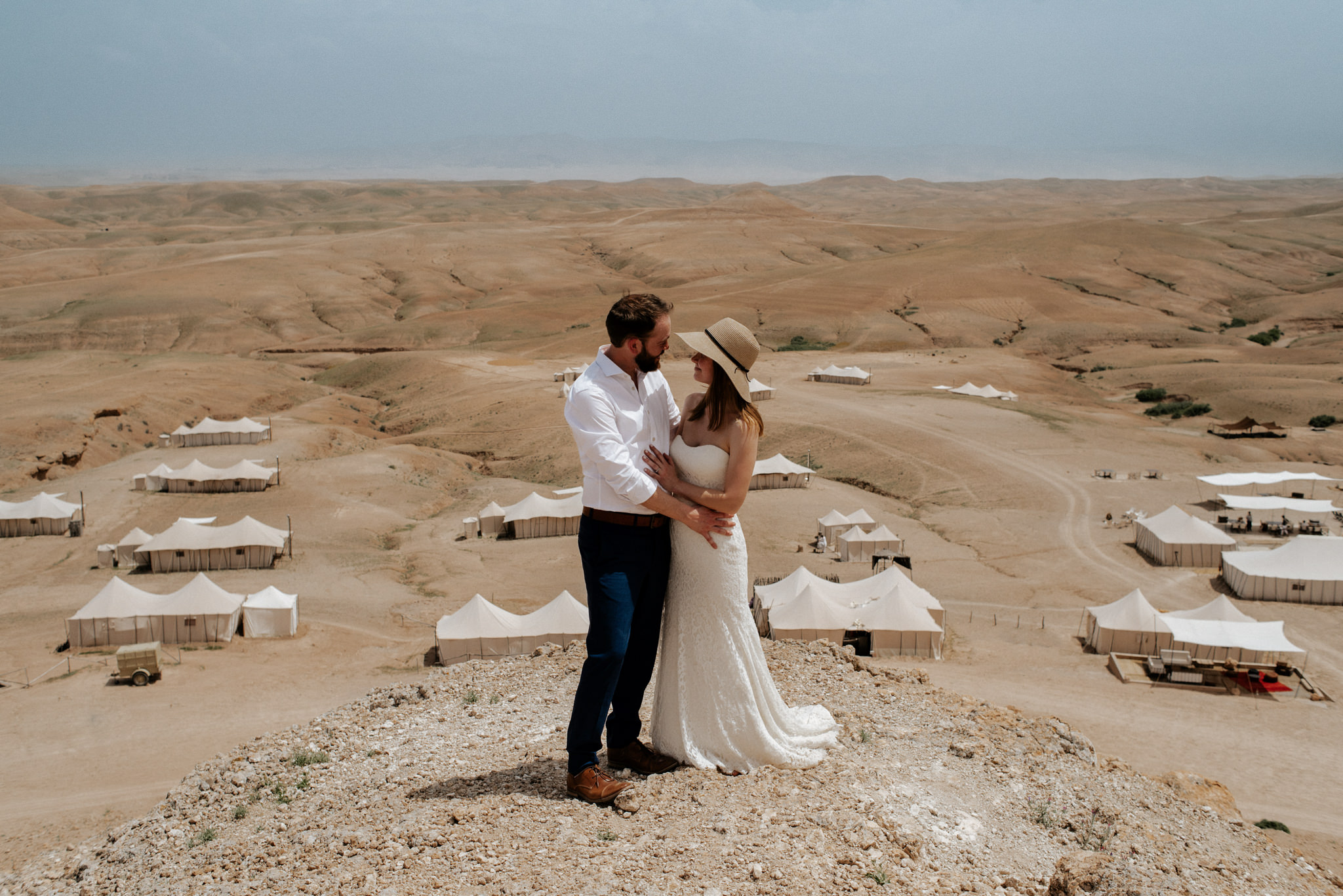 Dreamy wanderlust elopement at Scarabeo Camp in Morocco