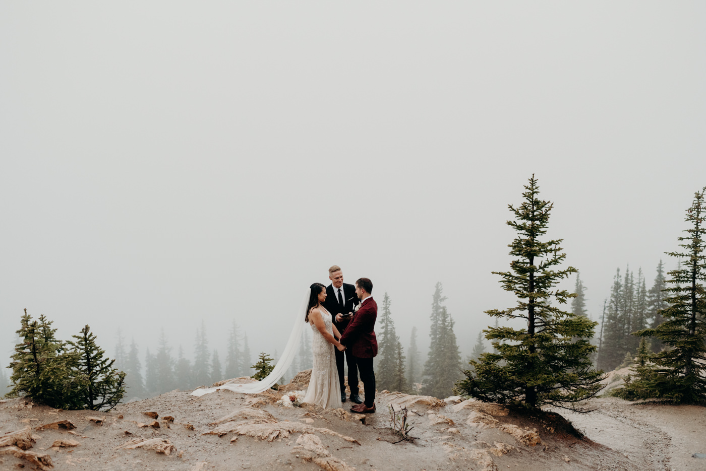 Banff National Park elopement at Peyto Lake