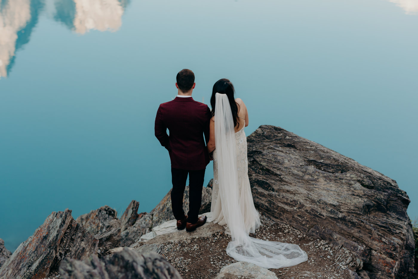 Moraine Lake sunrise elopement, Banff National Park elopement