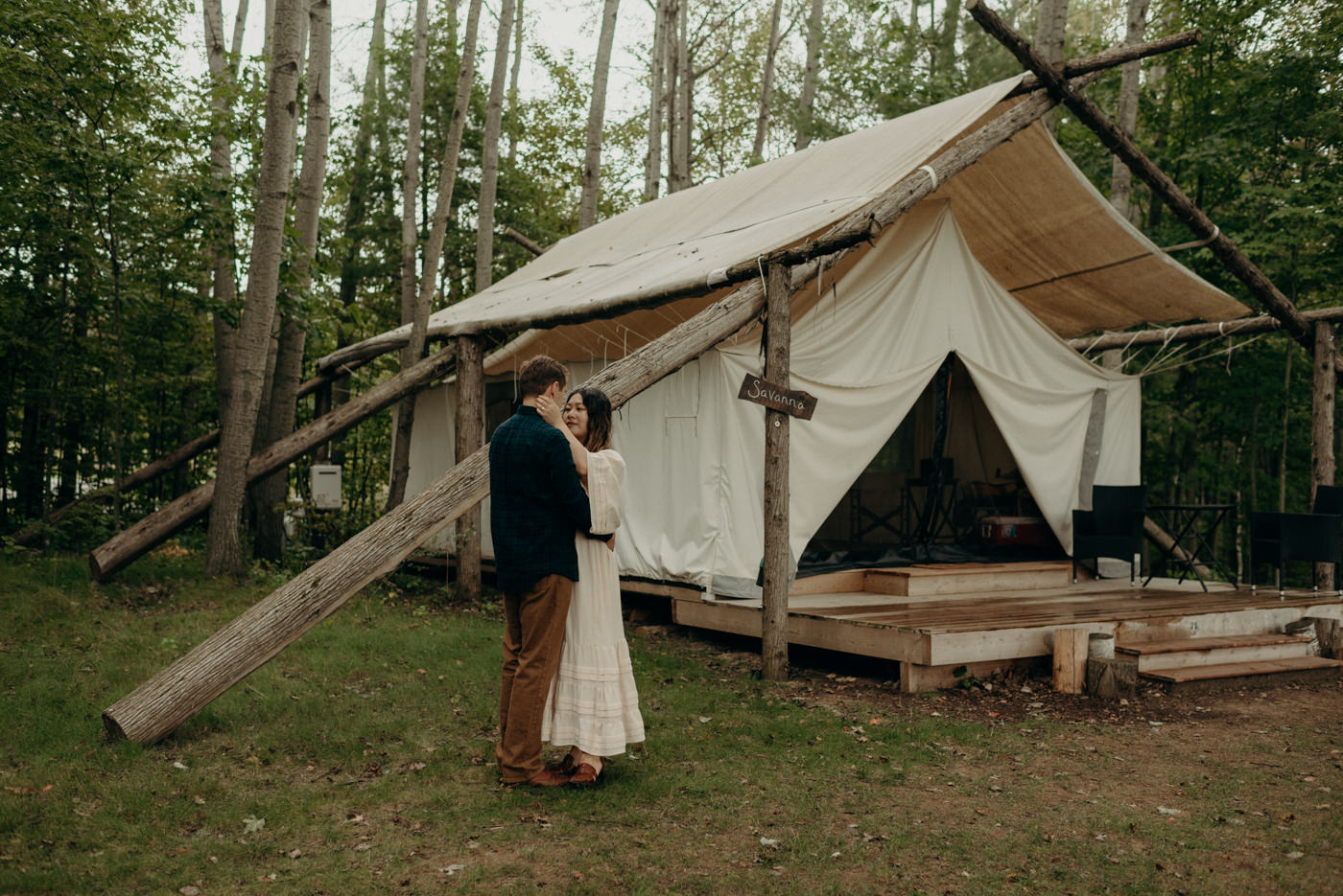 Glamping engagment session