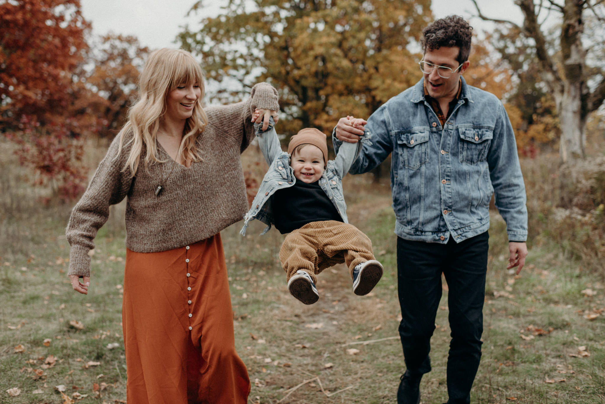 Fun High Park family portraits with Scarlet O'Neill and Anthony Carone