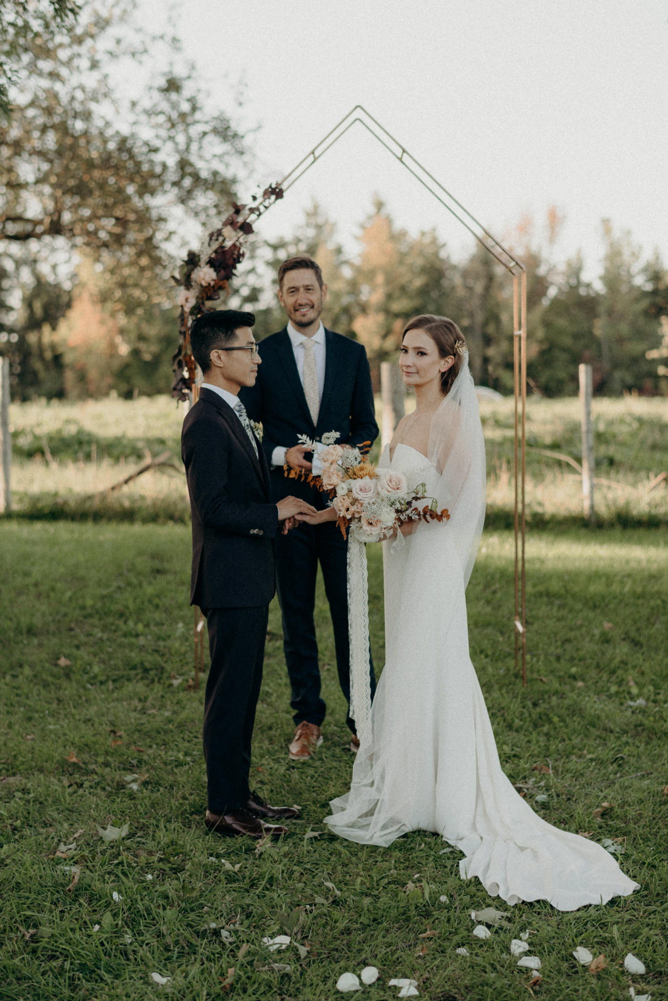 Outdoor wedding ceremony at Good Family Farms