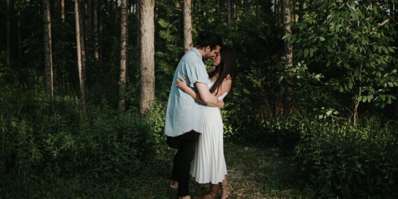 Intimate bohemian forest engagement at sunset by Toronto wedding photographer Daring Wanderer // www.daringwanderer.com